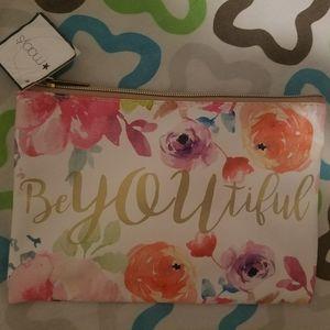 NEW Macy's BeYOUtiful make up bag
